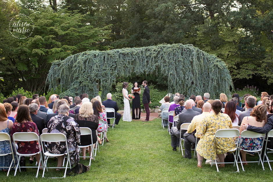 Surprising Ibby Eric Elizabeth Park Pond House Cafe Wedding Ct Download Free Architecture Designs Scobabritishbridgeorg