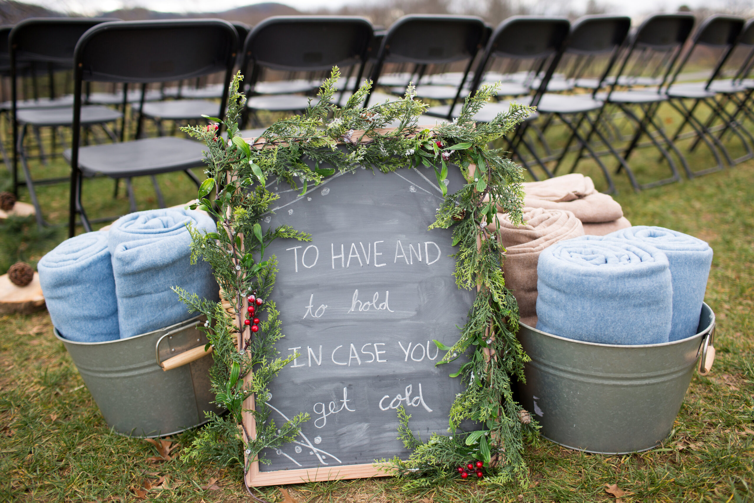 Outdoor wedding planning tips