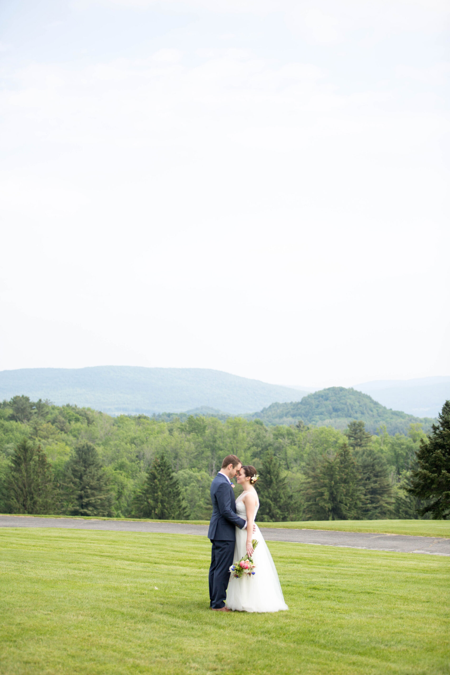 View More: http://alisonmariephotography.pass.us/emilystephenjune11th